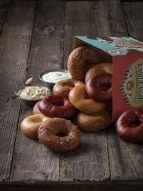 Einstein Bros. Bagels Brings a Taste of The Holiday Season to Menus Nationwide