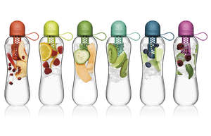 bobble INFUSE is a sleek, BPA-free water bottle that lets users customize their hydration experience to hydrate, filter, or infuse.