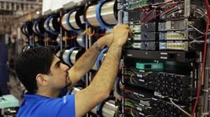 La plataforma Nu-Wave OptimaTM de redes ópticas de Xtera utilizado para actualizar varios sistemas de cables submarinos de C&W Networks a la tecnología 100G