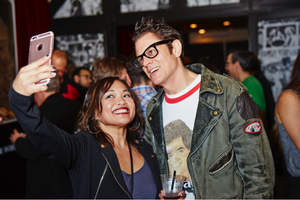 Johnny Knoxville takes time for a quick selfie