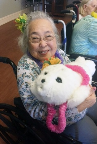 Summer House Residential Memory Care Communities Introduce PARO ROBOT THERAPY