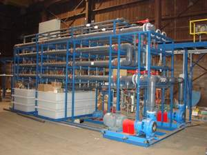Duraflow membrane filtration (DMF) products are for water recycle and reuse, waste water compliance treatment, process water purification, brine water desalination, and selected chemical material recovery. Filtrate produced from the DMF process with a SDI below 3.0 is an excellent feed to a reverse osmosis for desalination in a water recycling process.