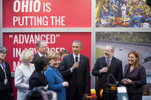 MakerGear CEO Rick Pollack talks 3D printing with President Obama and Germany's Chancellor at Hannover Messe.