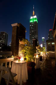 Image of the Empire State Building from Midtown Terrace on Fifth Avenue in Manhattan