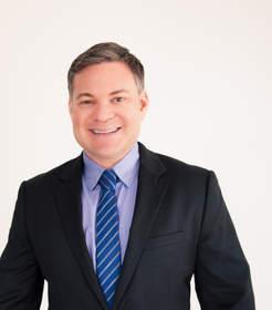 Beverly Hills Cosmetic Dentist Dr. Michael Kosdon
