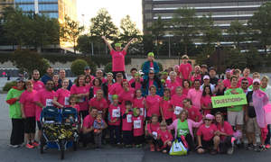 Innovative Architects team poses for group photo at 2016 Race for the Cure.
