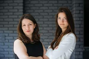 The Muse's co-founders Alexandra Cavoulacos (left) and Kathryn Minshew (right)
