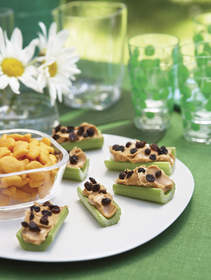 celery with peanut butter and raisins