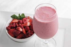 Raspberry-Strawberry Yogurt Smoothie