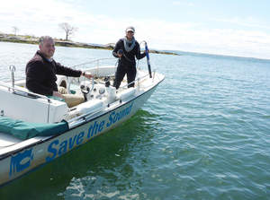 Save the Sound 'Sound Sleuths' test water quality in Long Island Sound