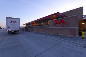 """Saia LTL Freight has been given a """"Gold Service Award"""" by Lowe's Companies, Inc."""